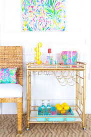 Lilly Pulitzer For Starbucks Lilly Pulitzer And Society Social Collaborated On A 3 000 Bar