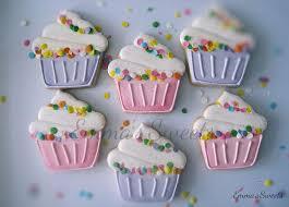 decorated cupcake cookies