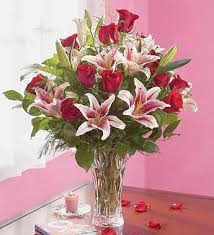 Roses And Lilies Our Roses And Lilies Bouquet Fta 16353 Fl 129 99
