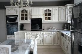cuisine rustique repeinte en gris meuble de cuisine rustique repeindre un meuble en chene 7 relooker