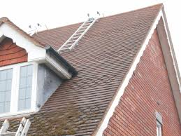 White Roofing Birmingham by Moss Roofing Birmingham U0026 Quality First Home Improvement Moss