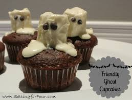 friendly ghost cupcakes setting for four