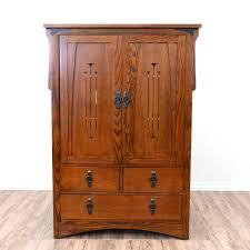 modele d armoire de chambre a coucher intérieur de la maison modele d armoire this craftsman style is