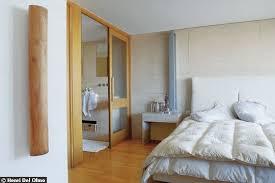 humidité dans chambre salle de bain ouverte sur chambre humidite solutions pour la