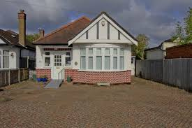 properties for sale listed by austin residential ruislip