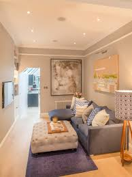 decorating ideas for small living rooms on a budget designing a small living room 14 small living room decorating