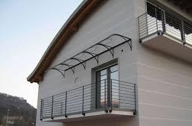 pensilina tettoia in policarbonato plexiglass tettoie in plexiglass tettoie e pensiline i modelli in plexiglass