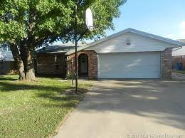 tulsa ok foreclosures u0026 foreclosed homes for sale 881 homes zillow