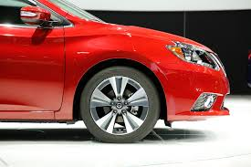 nissan altima 2016 alloy wheels 2016 nissan sentra first look review motor trend