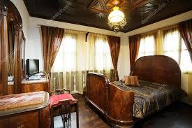 chambre à coucher ancienne ancienne chambre à coucher de style hôtel photographie mazzachi