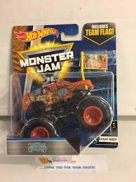 house crypt haunted monster truck 2017 wheels monster jam flags