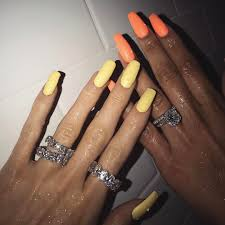kylie u0027s flawless nails and diamonds glitter magazine
