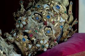 vatican jewelry secret catacombs contain ancient skeletons covered in