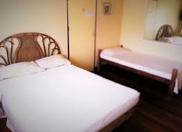 Adrian Bedroom Set Rooms To Go Breadhouse Inn Room 3 Houses For Rent In Puerto Princesa