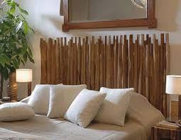 deko schlafzimmer die kopfteil aus holzstäben für coole schlafzimmer deko mit holz