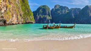 phi phi islands beaches loh dalum tonsai village long beach