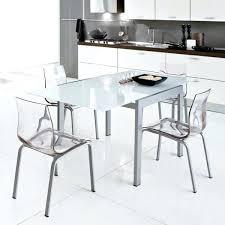 chaise de cuisine transparente chaises cuisine blanches les chaises transparentes et l 39 int rieur