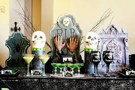 cheap halloween party decor