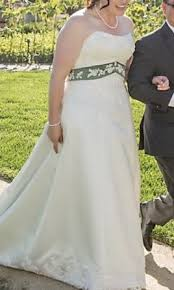 preowned wedding dresses search used wedding dresses preowned wedding gowns for sale