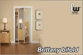 closet doors mirror