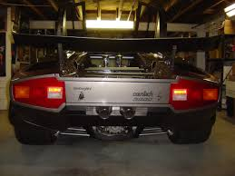 replica lamborghini man hand builds lamborghini countach in his own basement