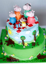 peppa pig cake ideas 111 best peppa pig cakes images on peppa pig cakes