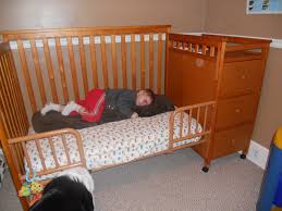 Convert Crib To Bed Crib Conversion That Cynking Feeling
