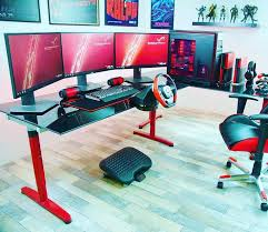 Awesome 2013 Pc Gaming Setup 5760 X 1080 3 Monitors W by Best 25 Ultimate Gaming Setup Ideas On Pinterest Computer