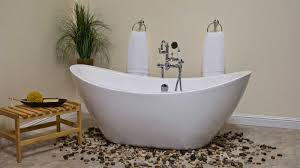 Which Is Better Cast Iron Or Acrylic Bathtubs Bathtub Materials They Make A Difference