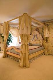 Four Poster Bed Curtains Drapes Traditional Bedroom Photos And Ideas For Curtain Designcurtains