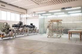 company mos valore legno italian furniture lacquering