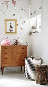 stickers étoile chambre bébé 23 idées déco pour la chambre bébé