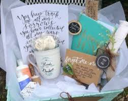 bereavement gift ideas condolence gift basket ideas lamoureph
