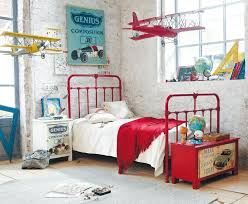 chambre de petit garcon une chambre pour un petit garçon aviateur maison