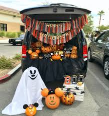 Halloween Trunk Or Treat Ideas by Halloween Mickey And Minnie Trunk Or Treat Lynlees