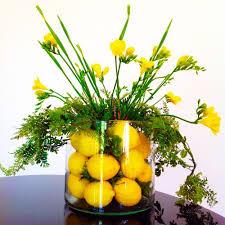 Amazing Flower Arrangements - 6 super market flowers can make 6 amazing flower arrangements