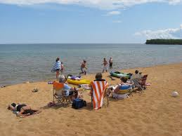 superior beach cottage on golden sands of b vrbo