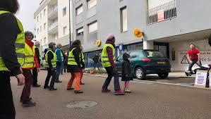 trouver bureau de poste brieuc à robien ils dansent en pleine rue pour leur