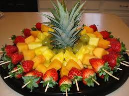 fruit centerpieces ideias para servir fruta em festas fruit skewer moana and luau