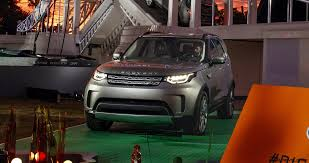 lego land rover land rover unveils all new 2018 discovery