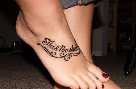 sprüche über fuß top 30 schriften für effektvollen spruch tattoos