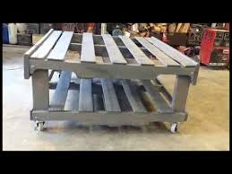Diy Wooden Pallet Coffee Table by Diy Wood Pallet Coffee Table Youtube