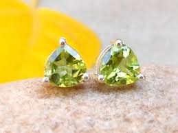 peridot stud earrings trillion peridot stud earrings peridot jewelry discovered