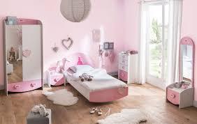 chambre fille et blanc chambre enfant contemporaine coloris blanc cecilia chambre
