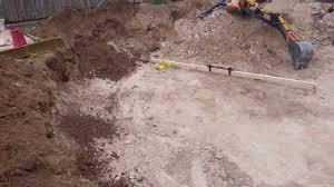 how to find level ground when installing a 24 u0027 round intex metal