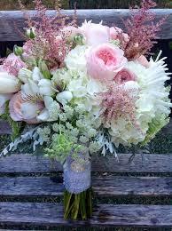 wedding flowers november wedding budget tip 16 choose in season flowers november