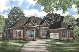 courtyard garage house plans country in suite house plan home plan 153 1491