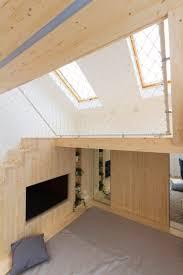 salle de jeux pour adulte aire de jeux en bois dans la chambre une idée par ruetemple