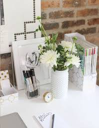 Office Desk Organization Tips 14 Organization Tips To Create The Chicest Desk Organize