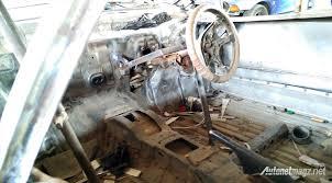 mobil balap lamborghini bengkel modifikasi di bandung ini rancang replika bodi ferrari